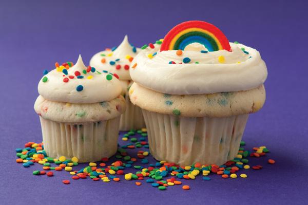 curv_jodyhall_gaycupcake